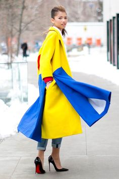 Need a New York street style fashion fix? Here's our edit of the best looks street side at New York Fashion Week. Fashion Week, New York Fashion, Winter Fashion, Fashion Looks, Fashion Outfits, Fashion Trends, Style Fashion, Zendaya Fashion, Womens Fashion