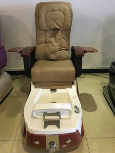 modern electric pedicure chair of nail salon furniture,day foot spa massage chair http://www.gobeautysalon.com/product/product-47-381.html