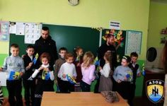 Ukraine: extremist indoctrination Azov-mercenary in schools
