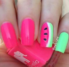 mmm watermelon  they look so juicy   @ellamilapolish : Island Love.  @chinaglazeofficial :  Lime after Lime.  @snailvinyls : Slant vinyl.  #ellamila #ellamilapolish #chinaglaze #watermelon #watermelonnails  #snailvinyls