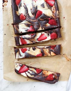 Strawberry Chocolate Cheesecake Bars