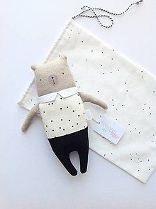 Simple Fabric Crafts You Can Make From Scraps - Diy Crafts Fabric Toys, Fabric Crafts, Baby Toys, Kids Toys, Handmade Stuffed Animals, Softies, Plushies, Fabric Animals, Sewing Projects For Kids