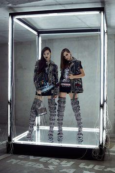 Vogue Fashion, High Fashion, Fashion Show, Fashion Outfits, Luxury Fashion, Monster High, Vogue Paris, Runway Magazine, Vogue Mexico