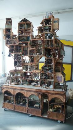 What kid wouldn't want this HP-like doll house!