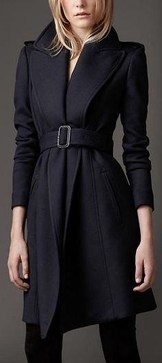 Money toward tailored version in India: Wide Lapel Belted Coat - Burberry Navy Wool Coat, Belted Coat, Blue Wool, Look Fashion, Winter Fashion, Womens Fashion, Fashion Trends, Coatdress, Fashion Vestidos