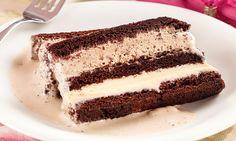 Pavê de brownie com ganache de coco e sorvete - MdeMulher - Editora Abril Ganache, Coco, Tiramisu, Ethnic Recipes, Creme, Mousse, Cocktail, Cold Desserts, Desert Recipes