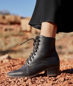 168 Best Shoes images in 2020 | Shoes, Boots, Me too shoes