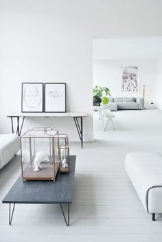 Grey and white minimalist interior / interior design Formal Living Rooms, Home Living Room, Living Spaces, Living Area, Interior And Exterior, Interior Design, Room Interior, My Ideal Home, Minimalist Interior