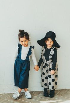 Kids fashion Illustration With Background - Kids fashion - - Kids fashion Quotes Babies Clothes Little Girl Fashion, Toddler Fashion, Cute Kids Fashion, Fashion For Girls, Kids Fashion Summer, Vintage Kids Fashion, Fashion Children, Girls Fashion Clothes, Fashion Spring