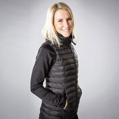 Check out Back on Track's NEW Lightweight Tory Vest! Designed with Iontex technology and a Dupont synthetic down filling - this vest is perfect for the barn or office!