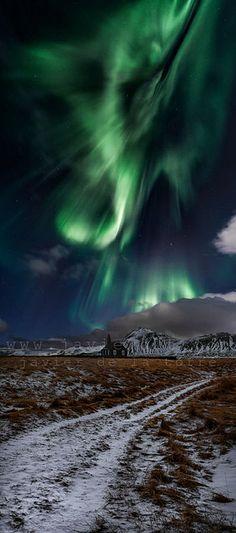 Budir, the Black Church, Islandia ~ Photo by Javier de la Torre Garcia