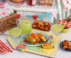 Miniature Taco and Margarita Set