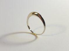 Very delicate ring. Hand made ny Ruru Jewellery