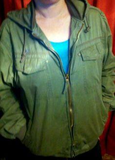 Kup mój przedmiot na #vintedpl http://www.vinted.pl/damska-odziez/lekkie-kurtki/20673632-kurtka-kolor-khaki-cienka