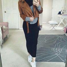 casual, looks fun haha Modern Hijab Fashion, Islamic Fashion, Muslim Fashion, Modest Fashion, Casual Hijab Outfit, Hijab Chic, School Looks, Mode Turban, Teenage Outfits