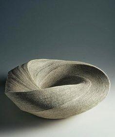 Shinobu Hashimoto's ceramics, please visit his website hashimotoshinobu.com