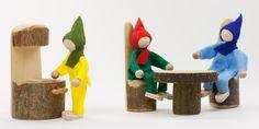 Puppenstubenmöbel aus Holz: Rindenmöbel-Set (15-teilig)   Echtkind
