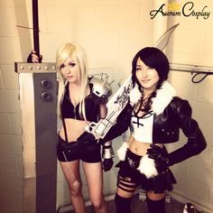 Female Cloud and Female Squall cosplay at Akon 24!