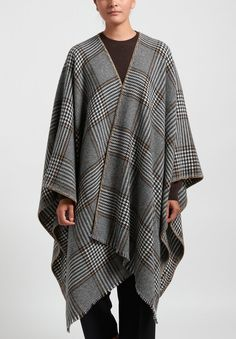 Alonpi Cashmere Houndstooth Cape in Black/Grey | Santa Fe Dry Goods . Workshop . Wild Life Santa Fe Dry Goods, Cashmere Fabric, Blanket Stitch, Saturated Color, Wild Life, Square Scarf, Houndstooth, Chic Outfits, Brown And Grey