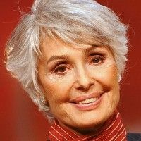 short hairstyle for gray hair
