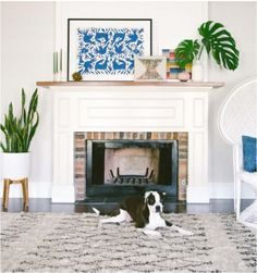 10 Must-Have Pieces for Your Bohemian Home Jungalow Family modern mantel decor - Modern Decoration Mantle Art, Fireplace Mantle, Modern Fireplace Decor, Mantle Mirror, Farmhouse Fireplace, Fireplace Surrounds, Fireplace Ideas, Fireplace Design, Modern Boho