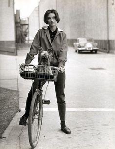 Audrey Hepburn bicycle - Black and white