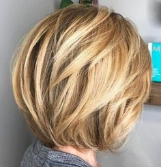 Caramel Blonde Rounded Layered Bob - 60 Classy Short Haircuts and Hairstyles for Thick Hair - The Trending Hairstyle - Page 36 Short Layered Haircuts, Short Hairstyles For Thick Hair, Haircut For Thick Hair, Short Hair With Layers, Short Hair Cuts, Layered Hairstyles, Bob With Layers, Angled Haircut, Haircut Layers
