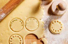 Le tampon à biscuit pour faire passer des messages—La #OuicheListe