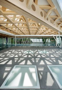This year's Pritzker Prize winner Shigeru Ban has completed work on a new art gallery in American ski resort Aspen.