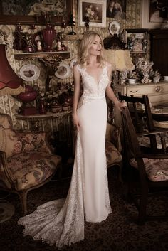 GORGEOUS This #stunning #weddingdress is by #NaamaAnat Israeli #hautecouture #designers. Available in the UK CYPRUS GREECE ITALY at #bridal boutique #designer weekend. #bride #bridetobe #bridetobelux #engaged #lacedress #lace #Israeli #weddinggown #weddinginspiration #destinationwedding #instafashion #bridal #designerdress #designerweekend http://naamanatbridal.com/