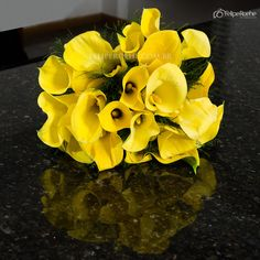 Buque de copo de leite amarelo | Wedding Bouquet
