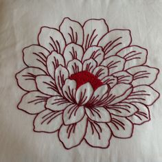 Cushion Embroidery, Basic Embroidery Stitches, Hand Work Embroidery, Flower Embroidery Designs, Simple Embroidery, Hand Embroidery Stitches, Embroidery Art, Machine Embroidery, Jacobean