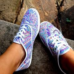 Customize your Keds with Sharpies...LOVE it! IM DOING THIS