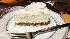 Fehérjedús kókuszos Túrótorta sütés nélkül | Még csak a sütőt sem kell bekapcsolnod ezért a kókuszos csupa-csupa fehérjés tortáért!