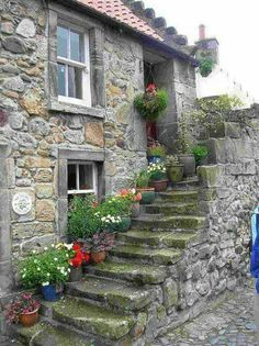 25 Beautiful Stone House Design Ideas on A Budget - Building & Architecture - Stone Cottages, Stone Houses, Beautiful Homes, Beautiful Places, Stairways, Old Houses, Countryside, Scenery, Around The Worlds