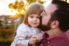Con tal de que sus hijos no lloren, hay papás y mamás que prefieren no despedirse de ellos cuando salen de casa.  http://psicologiaparaninos.com/2015/09/nunca-te-vayas-sin-decir-adios/