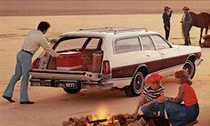 1977 Dodge Monaco Crestwood Wagon