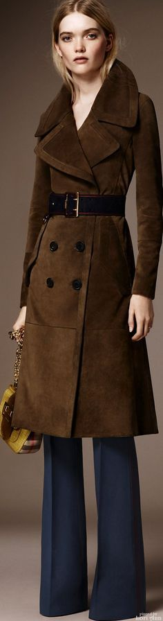 Burberry Pre-Fall 2016.  women fashion outfit clothing stylish apparel @roressclothes closet ideas