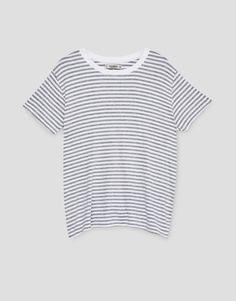 Koszulka w paski - Koszulki - Odzież - Dla Niej - PULL&BEAR Polska