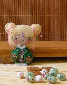 Geisha_felty_E1 by Caruso's Factory, via Flickr