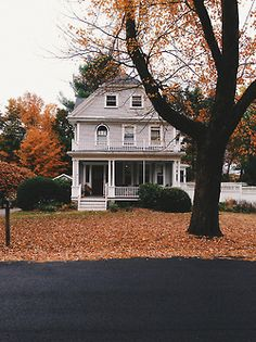 House Architecture Exterior Beds 70 New Ideas Exterior Design, Interior And Exterior, Future House, My House, House Front, Autumn Aesthetic, Aesthetic Design, House Goals, My Dream Home
