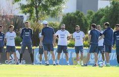 """""""Varios jugadores nos apoyan""""                                                                                                                                                        http://sientemendoza.com/2017/04/03/varios-jugadores-nos-apoyan/"""
