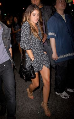 Shenae Grimes - Shenae Grimes Out and About