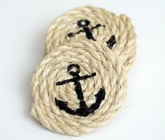 If you like nautical decor how about adding these DIY Nautical Sisal Rope Coasters into your home decor? This is step by step tutorial to making your own.