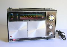 ROSS Vintage Radio Model RE-2056 Working Dual Speaker Solid State Instant Play Hand-stitched Rainbow Design Police Radio Capable Portable by HarstaDesignsVintage on Etsy https://www.etsy.com/listing/232739572/ross-vintage-radio-model-re-2056-working