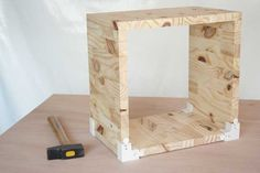 *** DIY : Etagères cubes en bois - Esprit Cabane Bois Diy, Cubes, Style Indus, Style Minimaliste, Woodworking, Shelves, Mirror, Kit, Furniture
