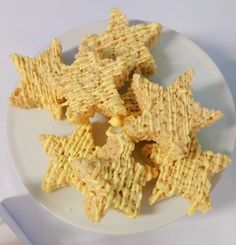 Star rice krispie treats for a Weather themed Birthday Party