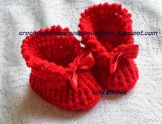 CROCHE E TRICO PARA OS PEQUENINOS: Sapatinho de crochê para bebe