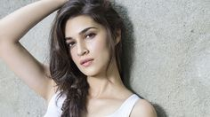 'Streets are still unsafe,' says Kriti Sanon; wishes 'Happy Whatever!' on Women's Day