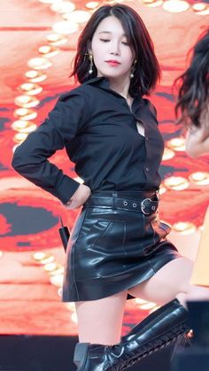 Blake Lovely, Eunji Apink, Kpop Fashion, Womens Fashion, Leder Outfits, Fashion Corner, Sexy Latex, Looks Style, Beautiful Asian Girls